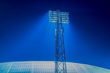 "Stadionlamp Feyenoord Stadion ""De Kuip"" in Rotterdam van MS Fotografie | Marc van der Stelt"