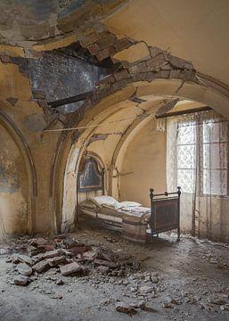 Schlafzimmer in einem Turm von Perry Wiertz