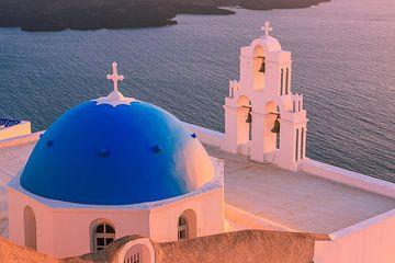 Aghioi Theodoroi kerk in Firostefani, Santorini van Henk Meijer Photography