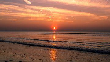 Rode zonsondergang van Richard Steenvoorden