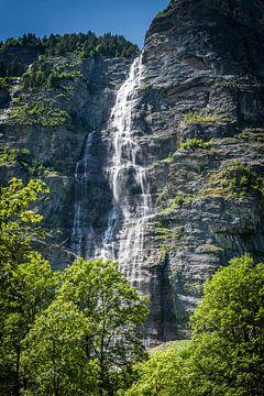 Mürrenbach waterval, Stechelberg van Fenna Duin-Huizing
