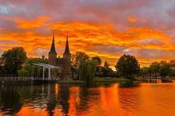 Zonsondergang Oostpoort Delft van Mart Beeftink