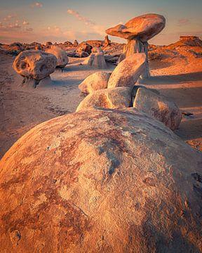 Sonnenaufgang in der Bisti-Wildnis, De-Na-Zin, New Mexico von Henk Meijer Photography