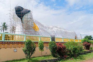 Bago Township: Shwethalyaung Boeddha van Maarten Verhees