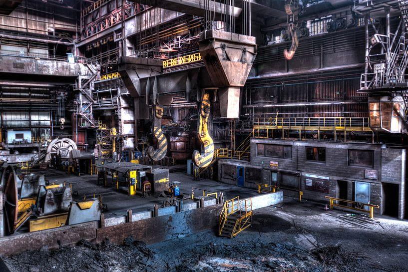 in de fabriek van Sven van der Kooi
