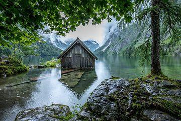 Ingelijst botenhuis, Obersee, Duitsland van Bob Slagter