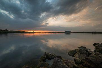 Zonsondergang bij de Lek van Moetwil en van Dijk - Fotografie