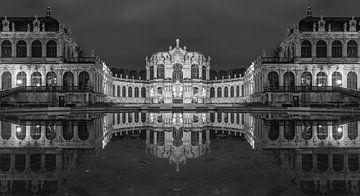 Dresdner Zwinger Panorama en noir et blanc sur Tilo Grellmann | Photography