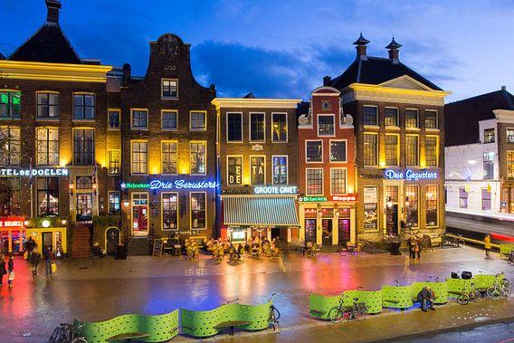 Kroegen aan de grote markt van Iconisch Groningen