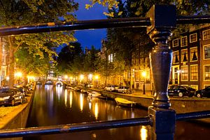 Gracht bij nacht, Amsterdam van