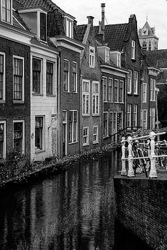 Mansions sur le Voldersgracht à Delft , Pays-Bas sur Christa Thieme-Krus