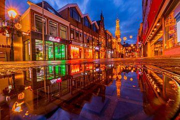 Langestraat na regen van peterheinspictures