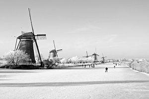 Oud Hollandse scenery in the winter op de Kinderdijk