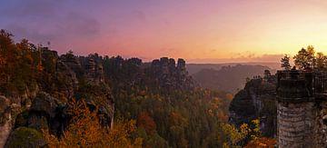 Sonnenaufgang in der Sächsischen Schweiz von Frank Herrmann