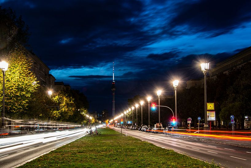 Berlin at Night van Ton de Koning