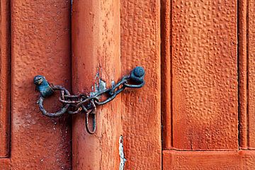 La porte rouge sur Peter Halma
