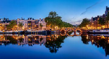 Avond aan de amstel, Amsterdam (3) van Adelheid Smitt