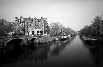 Hoek Prinsengracht en Brouwersgracht in Amsterdam van Pascal Lemlijn