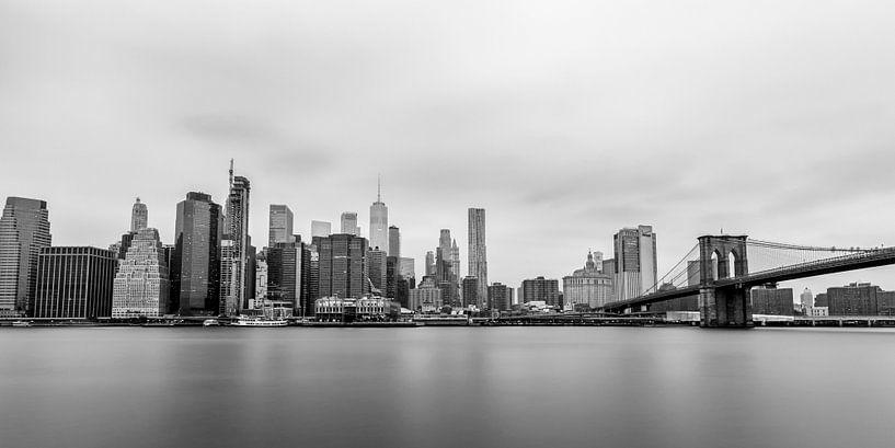 Skyline Lower Manhattan (zwart/wit) van Natascha Velzel
