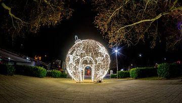 XXL Kerstbal Ludwigshafen van Sven Frech