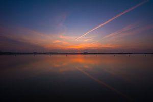 Uitzicht strand met zonsondergang