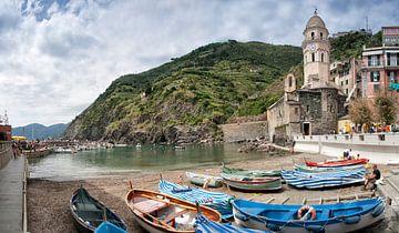 Vernazza, Cinque Terre, Italy. van Hille Bouma