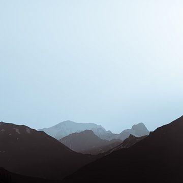 Lac de Roselend 5 (Grijs) von Desh amer