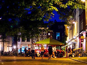 Avond Stadhuisplein Utrecht. van George Ino