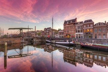 Delfshaven Rotterdam tijdens een prachtige zonsondergang van Rob Kints