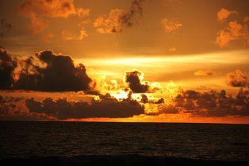 Zonsondergang in Sri Lanka, Colombo van Ruud Wijnands
