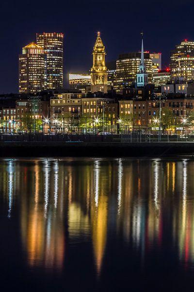 BOSTON Avond skyline van North End & Financial District