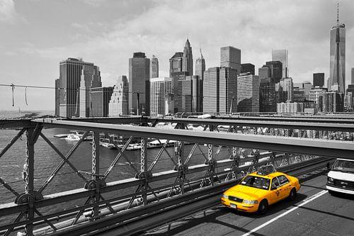 Manhattan (New York City) panorama - Yellow Cab van