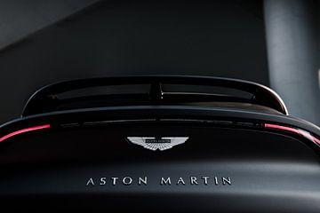 Aston Martin DBX van Dennis Wierenga