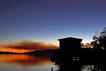 Brand tijdens zonsondergang van Exiit Photography