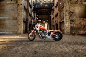 Motor in vervallen mijngebouw von Nicky Staskowiak