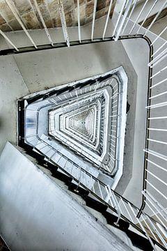 Eindeloos trappenhuis sur Rens Bok