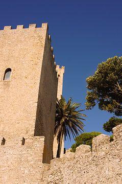 Schlossturm in Sizilien von Jadzia Klimkiewicz
