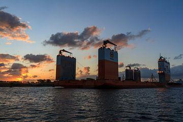 Zonsopgang Dockwise Vanguard von Krijn de Haas