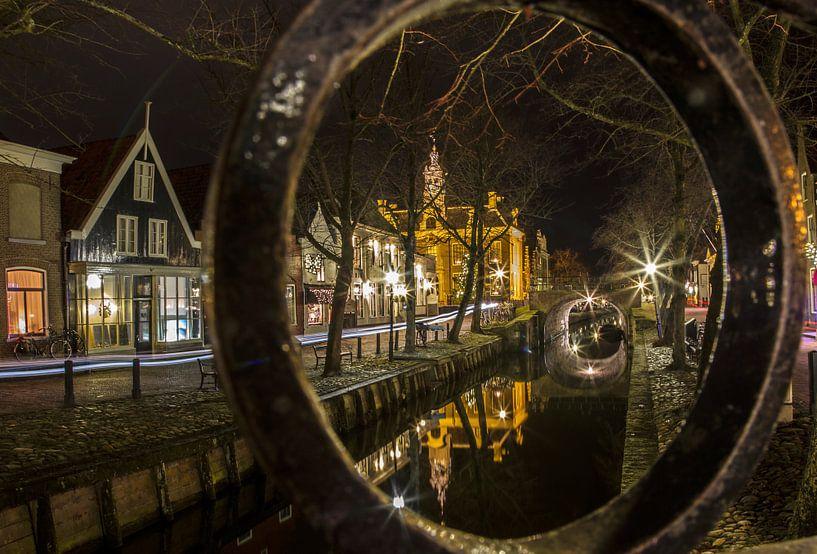 Centrum van Edam in avondlicht (Noord-Holland) van Sjaak van Etten