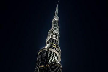 Dubai Stad City view Burj Khalifa  Nacht / avond foto