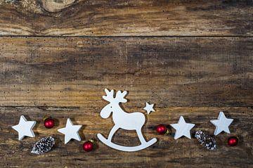 Kerstversiering met rendieren, ornamenten van Alex Winter