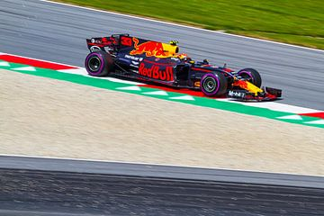 Max Verstappen in actie tijdens de Grand-Prix van Oostenrijk 2017 von Justin Suijk