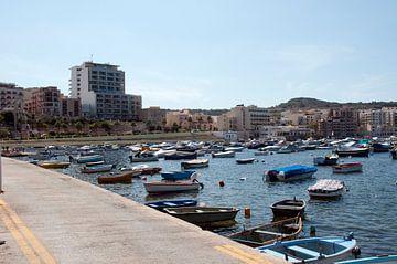 de haven van st julian op malta van Compuinfoto .