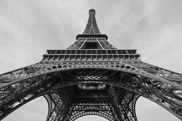 La tour Eiffel à Paris sur