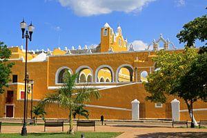 Het goudgele klooster