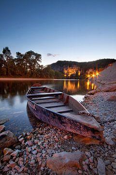 Ein Boot am Abend auf der Dordogne von Halma Fotografie