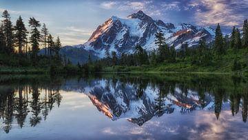 Sonnenaufgang auf dem Berg Shuksan, James K. Papp von 1x