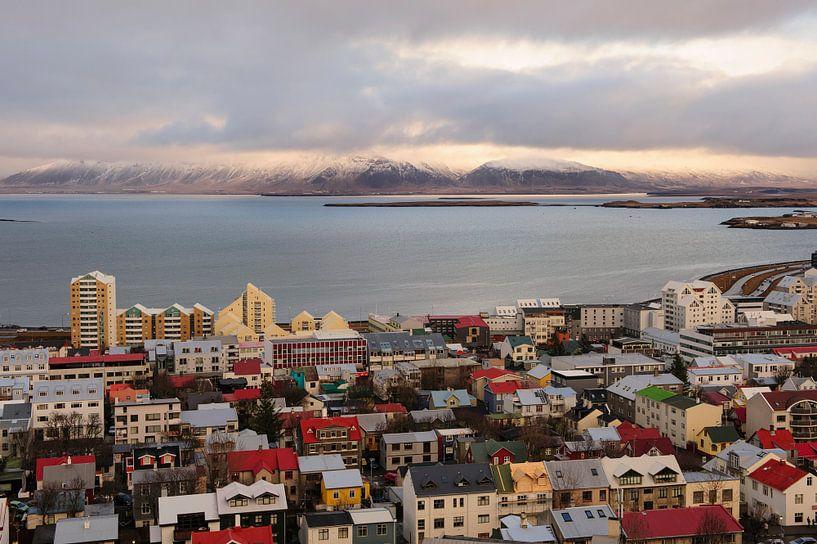 Blick über Reykjavik von Sjoerd Mouissie