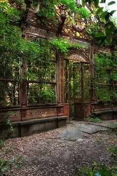 The Greenhouse 6 van Kirsten Scholten