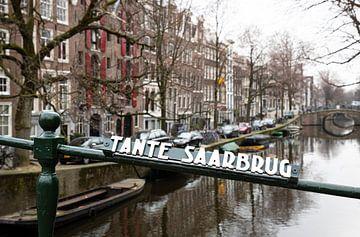 Amsterdam Kanal und Brücke von Inge van den Brande